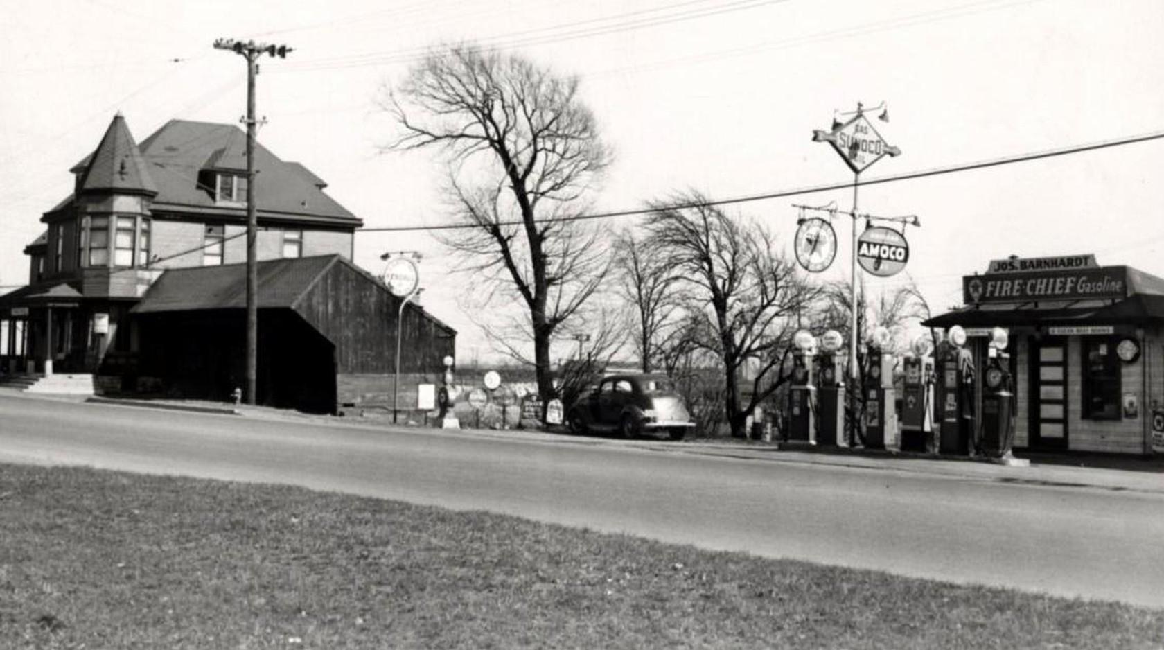 Broadway & Union Forks Hotel 1939