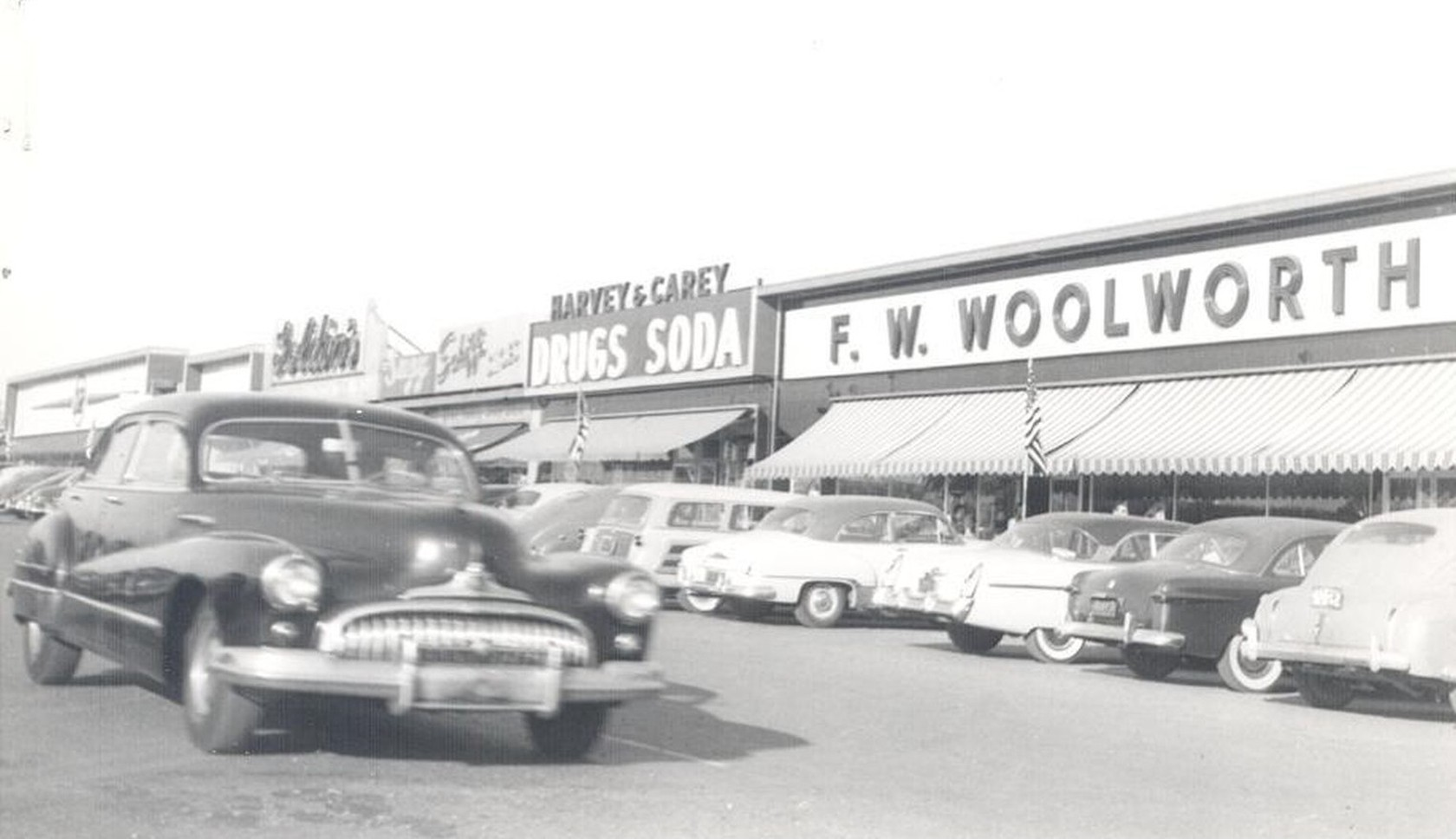 Thruway Plaza Parking Lot in the 1950's